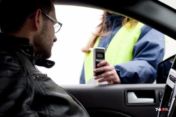 Показания алкотестера не являются окончательными: водитель вправе требования медицинского освидетельствования