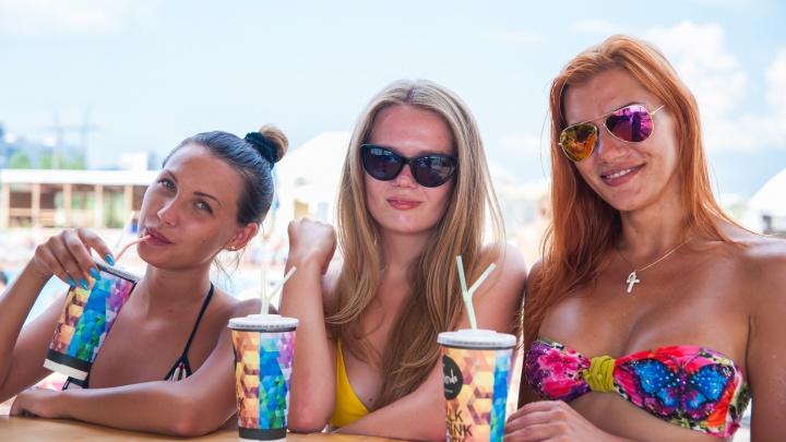 Море, самолёт, девушка: топ событий выходных от НГС