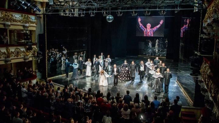 Вновь «Маскарад»: звезды НЭТа сыграли знаменитый спектакль в память об Отаре Джангишерашвили