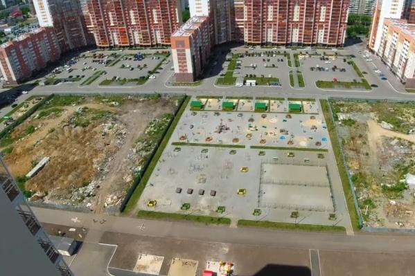Илья Варламов отметил, что за пять лет дворы в новых микрорайонах Челябинска стали приходить в упадок