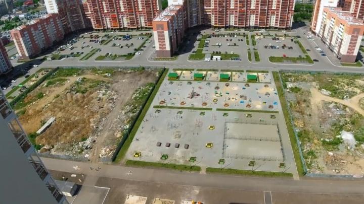 «Самое убогое жильё»: блогер Варламов разнёс дворы в третьем за полторы недели ролике про Челябинск