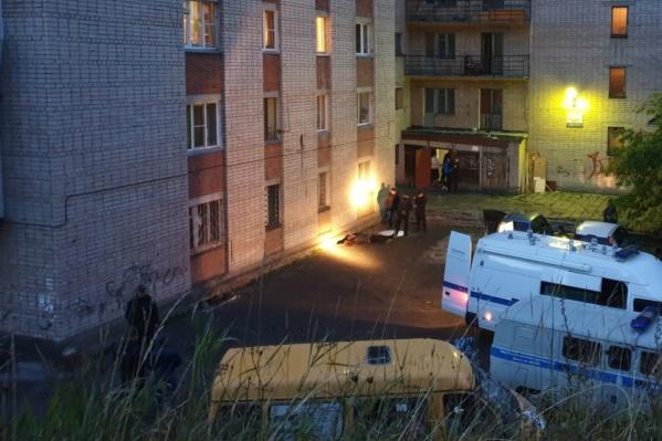 Взрыв у общежития в Златоусте прогремел вечером 18 сентября
