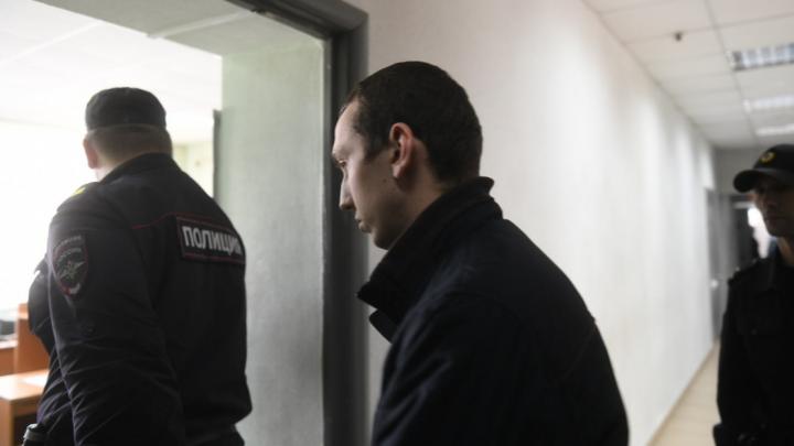 Виновник аварии на Малышева, в которой погибли два человека, останется в СИЗО до 2020 года