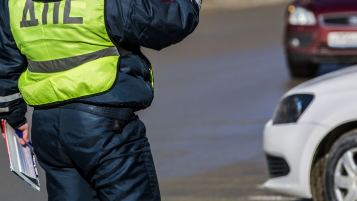 Автомобиль сбил школьницу на Ватутина: автоинспекторы объявили водителя в розыск
