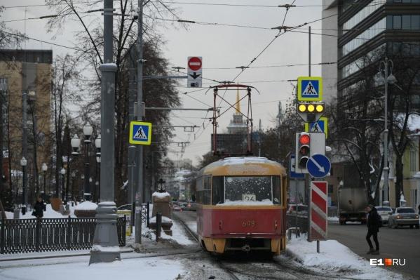 Теперь проезд для трамваев по проспекту Ленина свободен