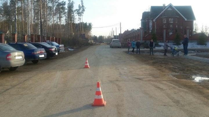 В Рефтинском водитель ВАЗа сбил во дворе 2-летнего мальчика