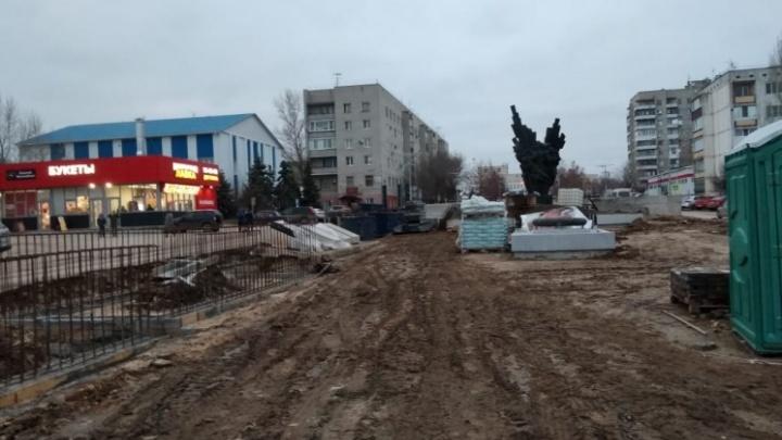 «За полтора месяца успеем»: аллею на улице Чуйкова в Городище пообещали обновить к Первомаю