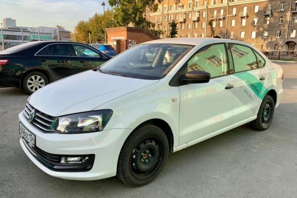 Аренда Volkswagen Polo стоит 10 рублей за минуту