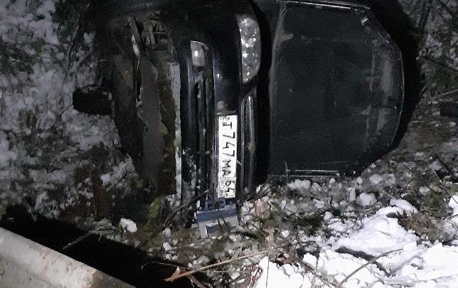 На обледенелой трассе М-5 под Златоустом в аварии погибли два человека