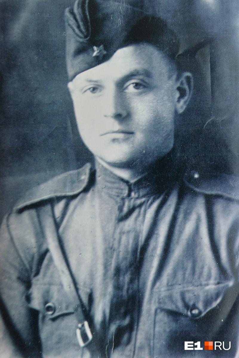 Всю войну Михаил Викторович прошёл рядовым