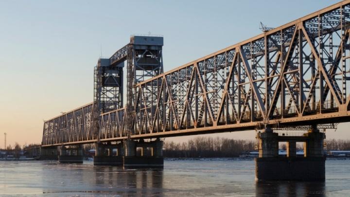 Если позволит погода: вечером 15 июля железнодорожный мост в Архангельске начнут ремонтировать
