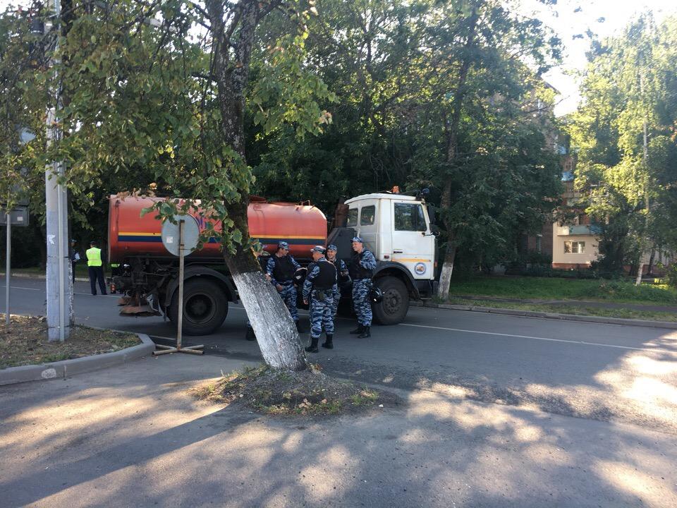 Во время матчей возле«Шинника» в Ярославле всегда перекрывают дороги