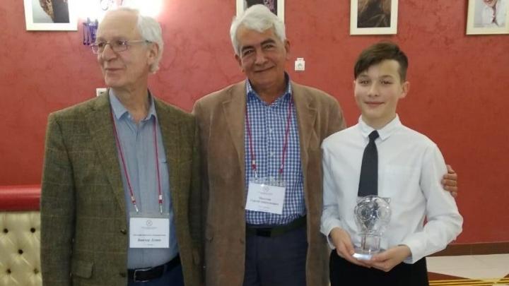 Ученик «девятки» Борис Можаев получил главный приз литературной премии за рассказ про поросенка
