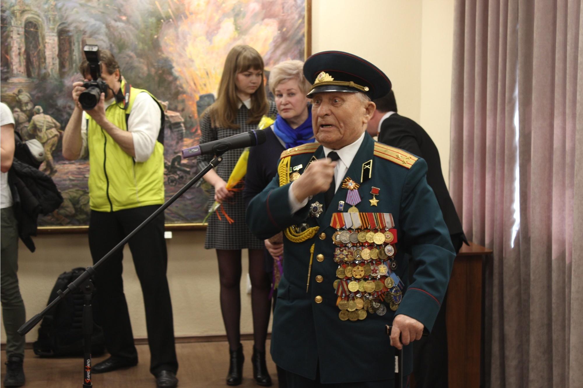 Герой Советского Союза, участник Курской битвы Дмитрий Бакуров