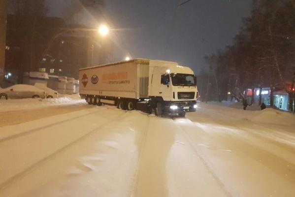 Сейчас пробки в Новосибирске оцениваются в максимальные 10 баллов