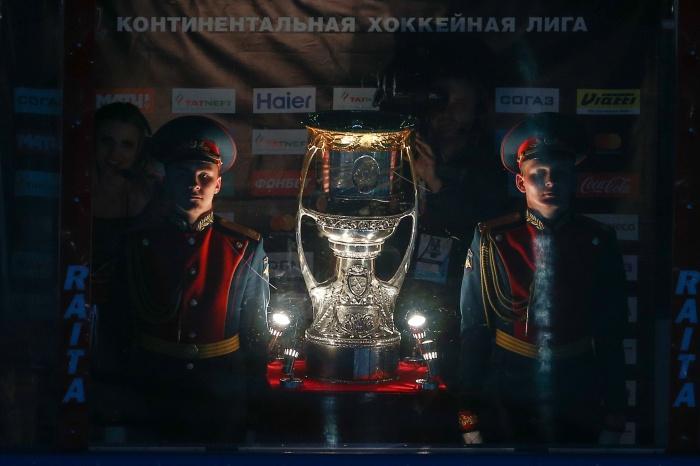 Кубок Гагарина — мечта любого хоккеиста КХЛ