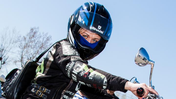 «Всегда приключение, не ты, так тебя»: 13 байкеров рассказали, как мотоциклы стали их страстью