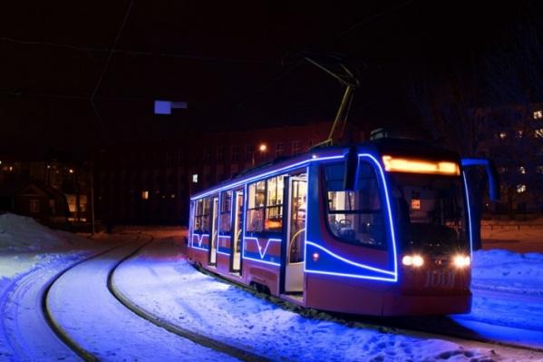 Электротранспорт будет работать с 9 вечера и до конца праздничных мероприятий<br>