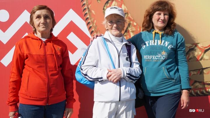«Столько не живут, а я всё бегаю»: участники пермского марафона готовятся к соревнованию