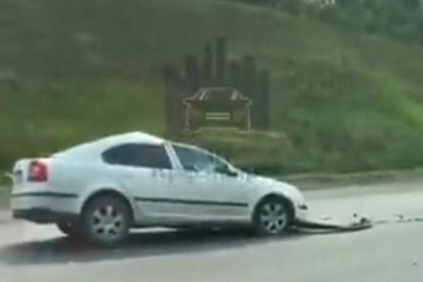Водитель легковушки погиб сразу после удара