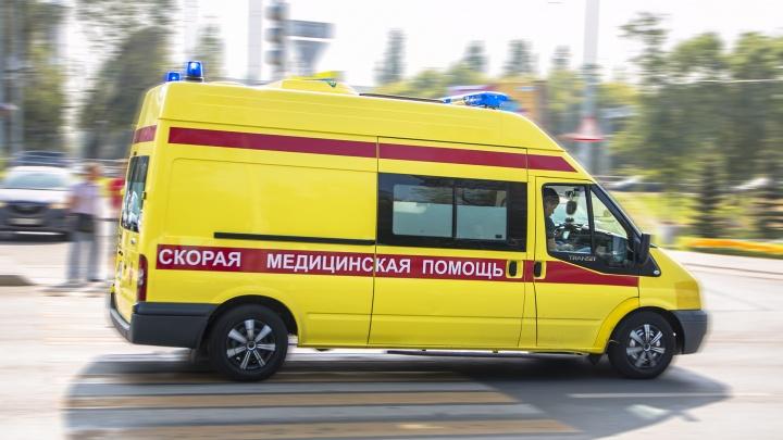 Недалеко от пешеходного перехода: в Самаре на Аминева иномарка сбила пожилого мужчину