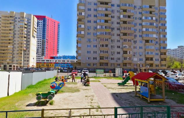 Оставить нельзя разрушить: в Ростове на Стабильной сносят единственную детскую площадку