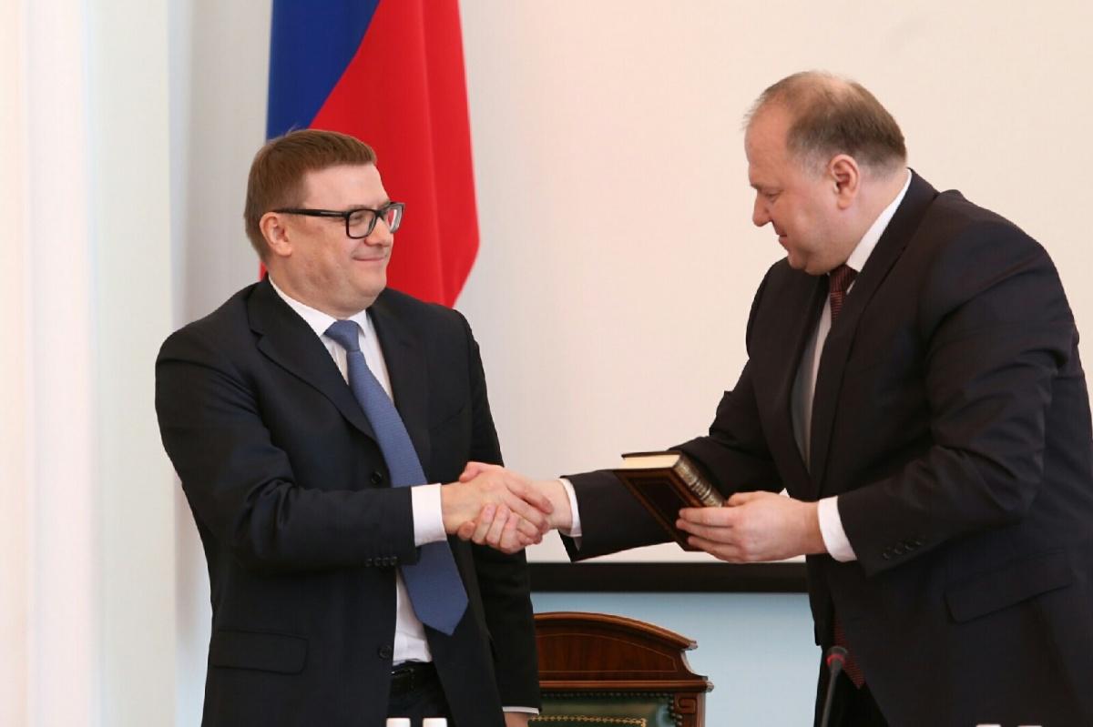 Алексей Текслер (слева) имеет опыт муниципального руководства, ранее он был главой Норильска