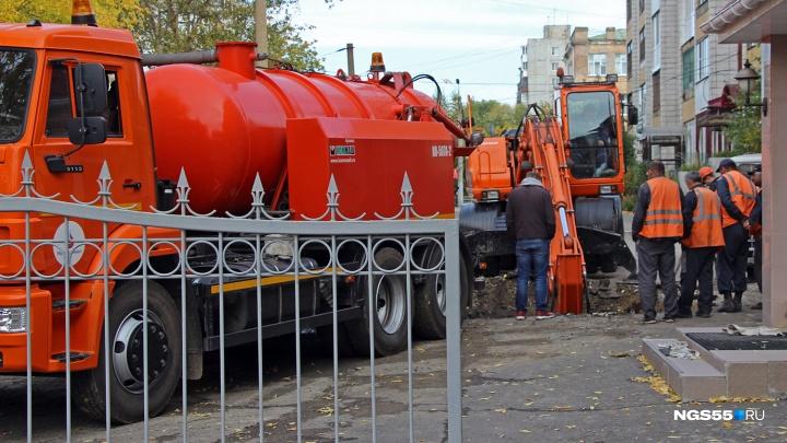 Во вторник в Омске без воды останутся больше сотни домов и госдача на Берёзовой