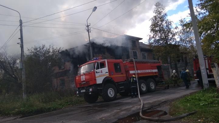 На Сульфате в третий раз за десять дней загорелся деревянный дом