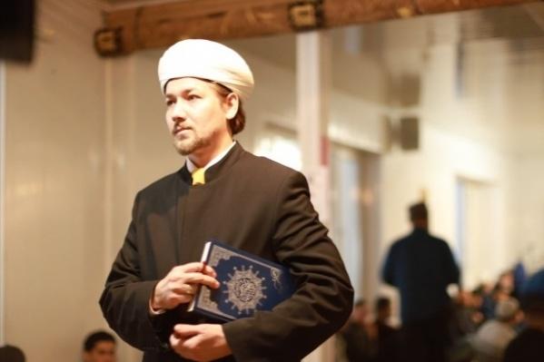 Имам-мухтасиб Артур-хазрат Мухутдинов рассказал, как будет работать мечеть на Сортировке
