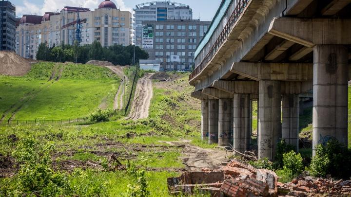 Золотые полкилометра: новую дорогу к ЛДС за 158 миллионов построят из щебня