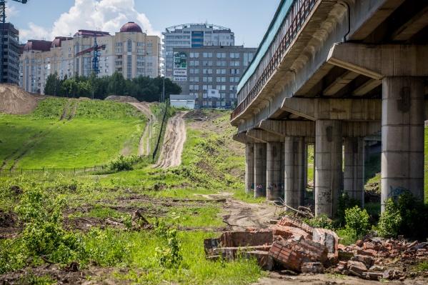 Новую дорогу сделают из щебня, а длина дороги составит 645 метров