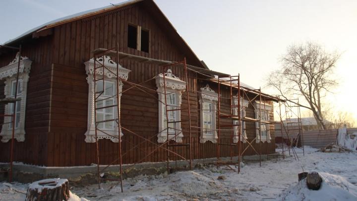Будет как новенький: фоторепортаж о реставрации старейшего здания Новосибирска