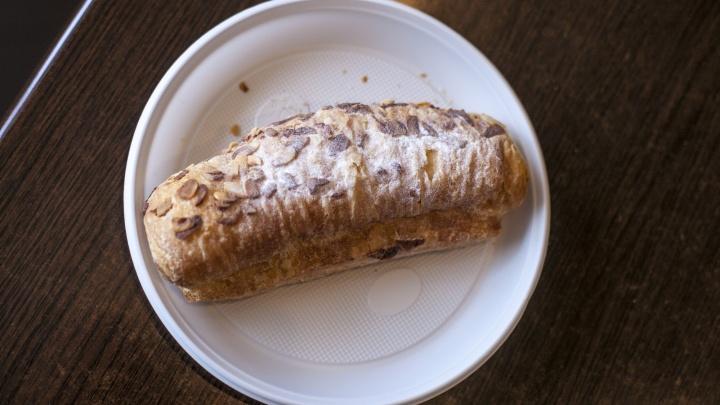 Едущих на Шира туристов предупреждают об опасных пирожных с сальмонеллой
