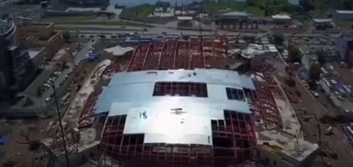 Сверху виднее: как строят ледовую арену на Партизана Железняка