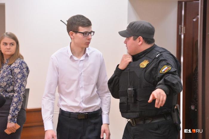 Владислав Рябухин утверждает, что дело на него завели, чтобы получить с него деньги