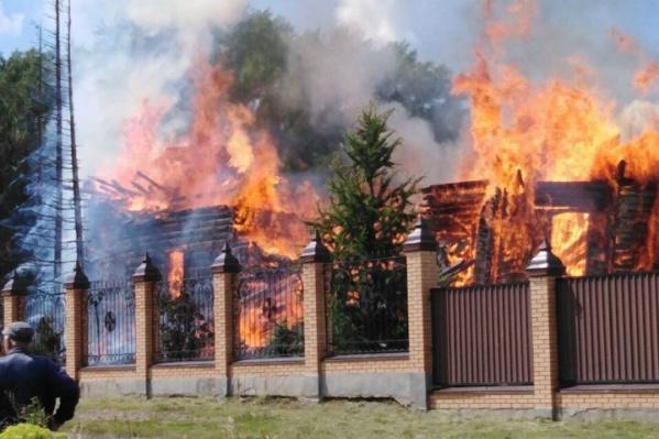 Храм сгорел почти дотла