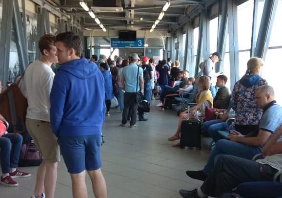 В Толмачёво почти на четыре часа задержали рейс в Москву