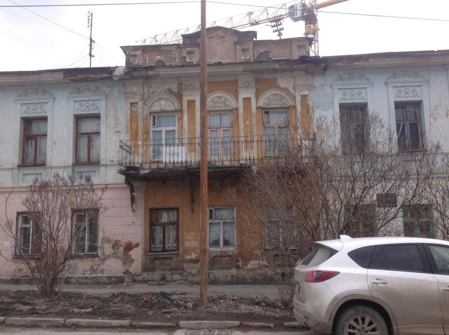 Дом на улице Чернышевского, 9 находится под охраной, но выглядит не очень d0e1019a851