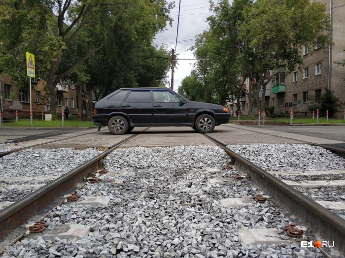 Пока такой переезд в Екатеринбурге только один
