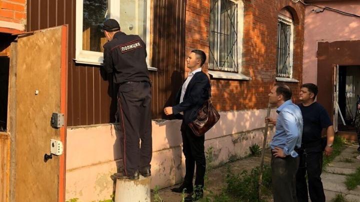 В Прикамье закрыли нелегальный приют для пожилых. В нём в условиях антисанитарии жили девять человек
