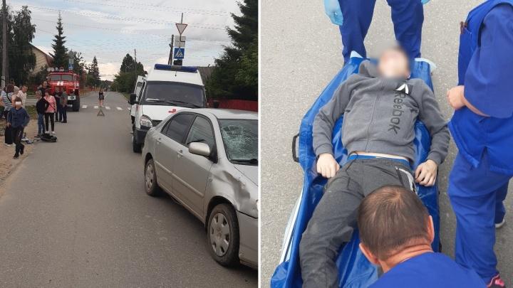 В Винзилях иномарка сбила школьника. Ребенок ехал на велосипеде по пешеходному переходу