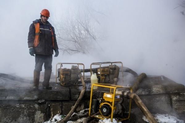 Вернуть отопление и горячую воду в дома новосибирцев теплоэнергетики обещают к вечеру