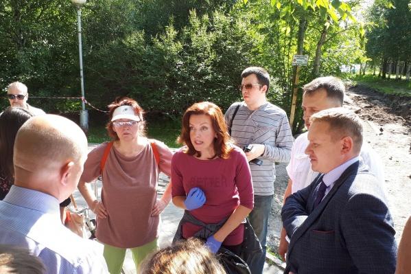 Общественники встретились с представителями власти, в следующий четверг — новая встреча