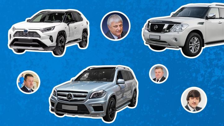 Один ездит на Mercedes, у другого— только уазик: рассматриваем ВИП-гаражи глав тюменских городов