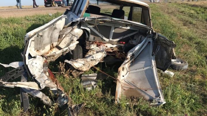 Полиция назвала обстоятельства смертельной аварии на трассе в Волгоградской области