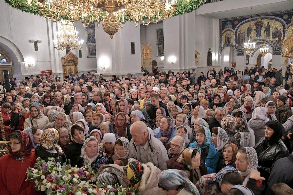 Участниками всенощного бдения в Тольятти стали тысячи прихожан