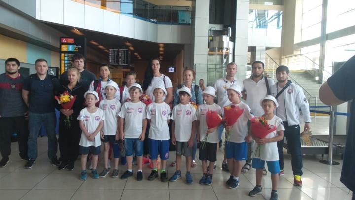 Сборная России прилетела в Екатеринбург на чемпионат Европы по дзюдо