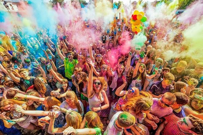 Фестиваль красок пройдет на Гребном канале