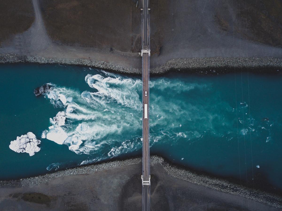 Съёмка с высоты позволяет посмотреть на жизнь с другой стороны